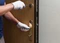 Монтаж,  вскрытие,  ремонт дверных замков быстро и недорого